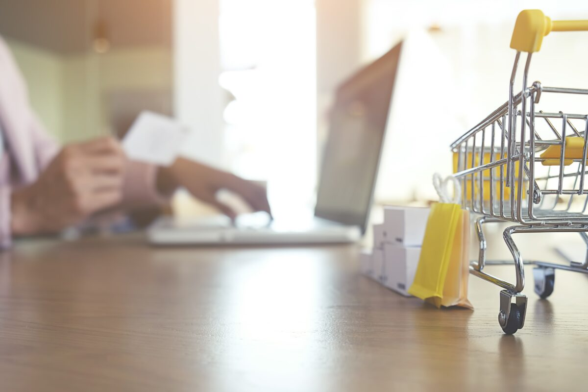 commerce-push-ecommerce-store-cart-supermarket-min