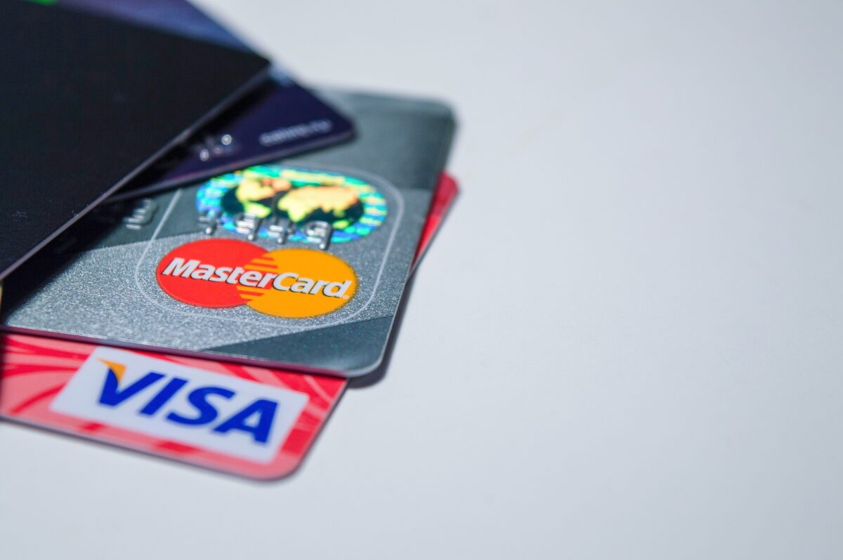 electronic-payments-2109610_1920