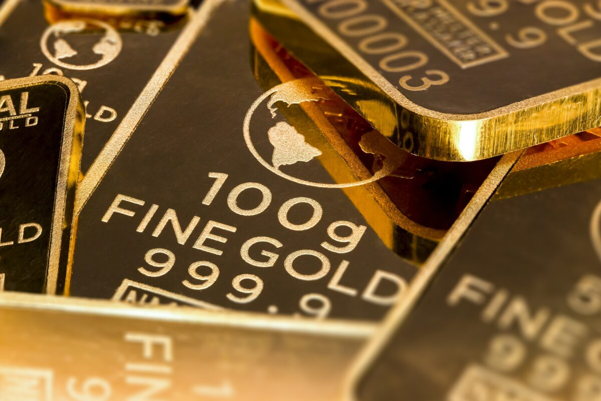 gold-is-money-2430051_1920