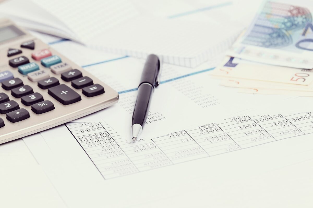 office-with-documents-and-money-accounts (1)-min
