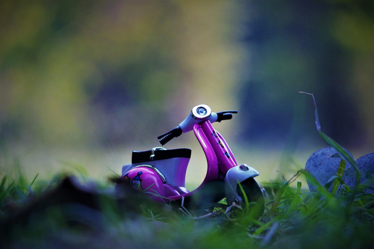 scooter-4512371_1920