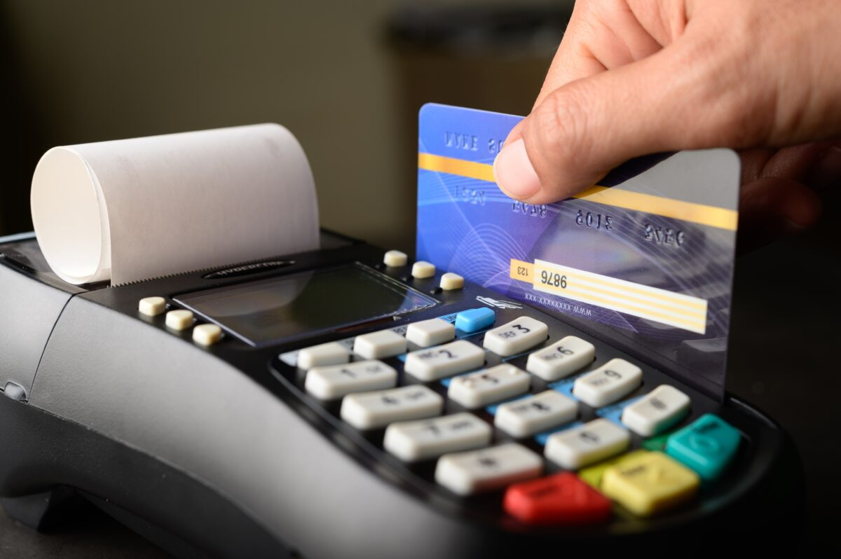 credit-card-payment-buy-and-sell-products-service-min