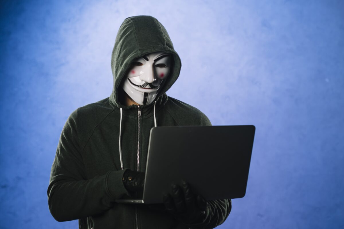 hacker-with-anonymous-mask-min